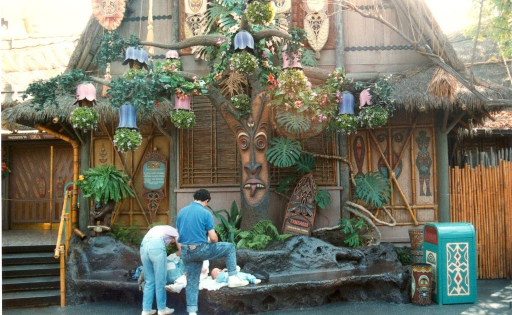 Jungle Is Quot 101 Quot Disneyland S Jungle Cruise And Other