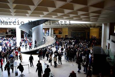 IMG 1593+Louvre+fila
