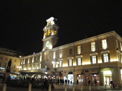 Fotopost – Parma by night