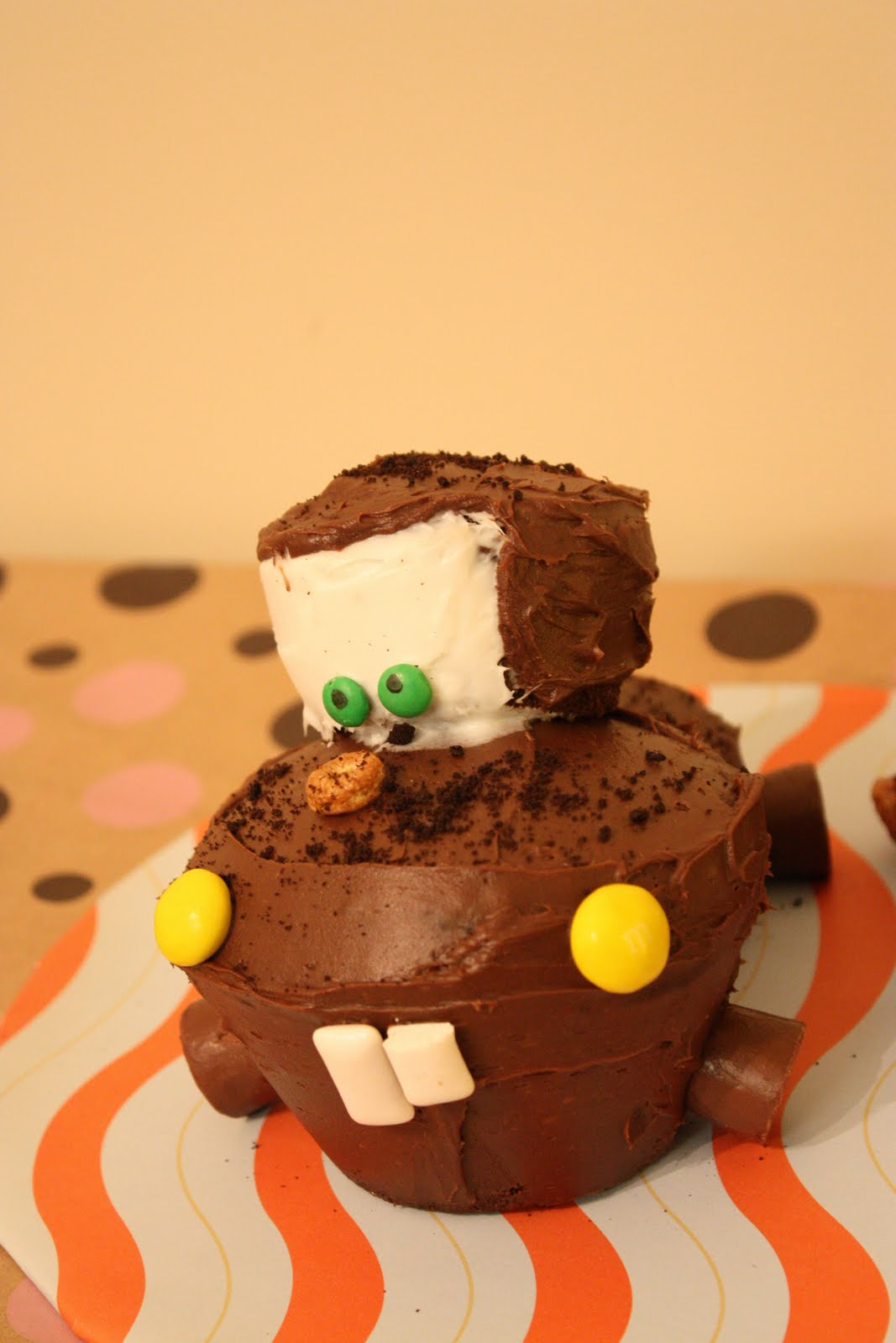 Twist N Swirl Tow Mater Cake And Cupcakes