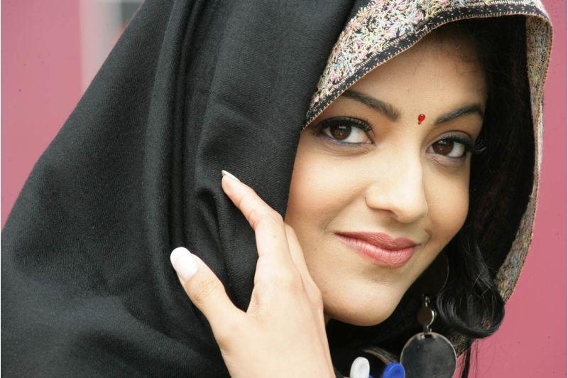 Kajal Agarwal Latest Hot Stills From Aarya  Actress Kajal Agarwal Latest Stills