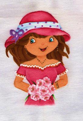 pintura em tecido boneca moranguinho com chapeu e bouquet para colocar saia de croche