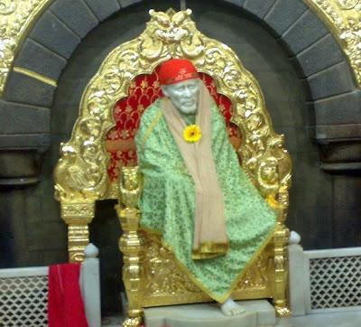 Wallpaper Wallpaper Quotes Sai Wallpaper Sai Baba On Golden Throne Shirdi