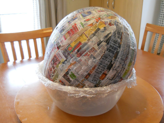balloon covered in paper and paste for pinate