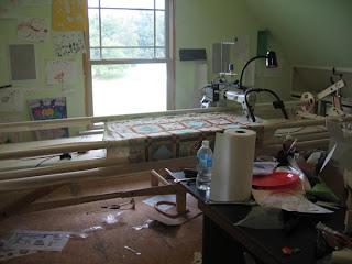 Beaquilter: Hinterberg, voyager 17 long arm machine