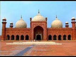 7 Masjid Terbesar di Dunia
