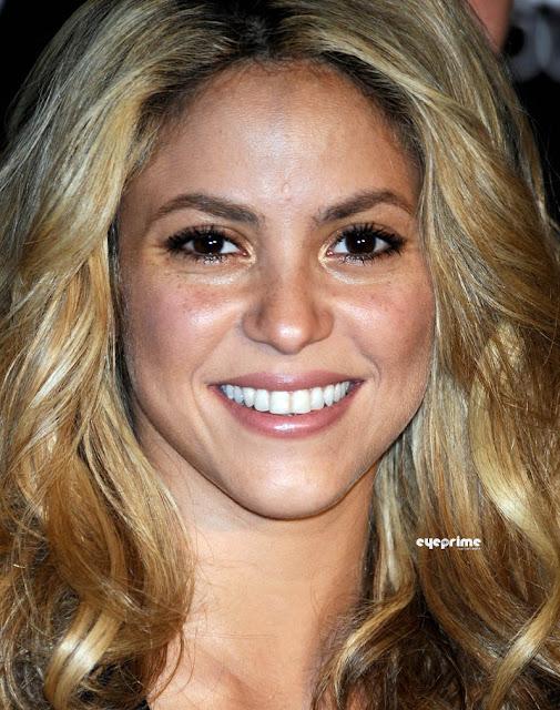 Celebrity Fashion Buzz: Shakira presents the Mango and