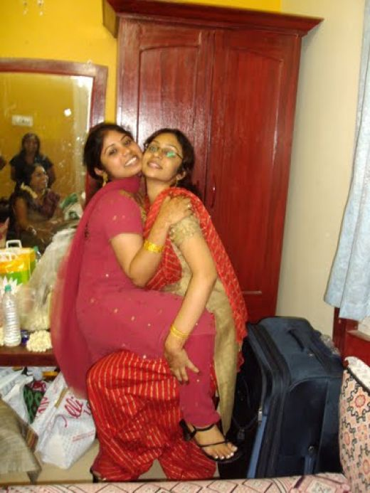 Friends Club Indian Pakistani Desi Girls Online-1969