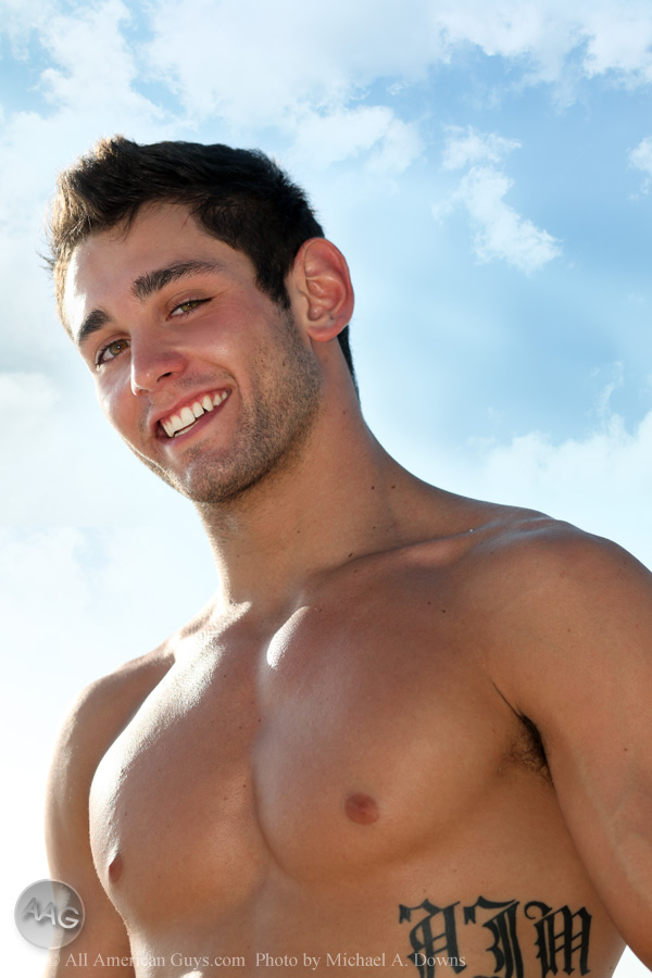 WORKOUT INSPIRATION .NET: New AAG Model: Evan P.