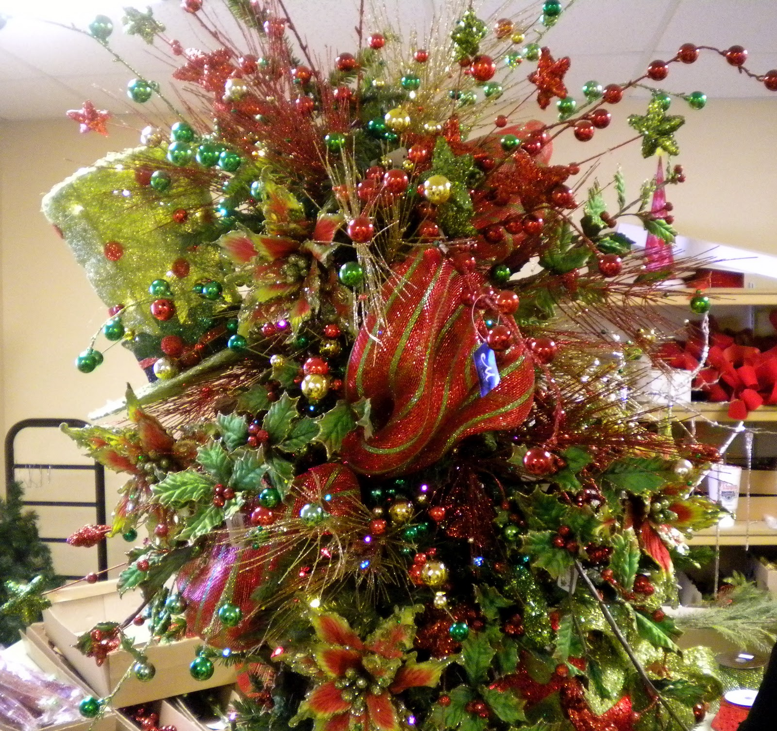 Decorated Christmas Trees: Living The Good Life: Fierce But Friendly