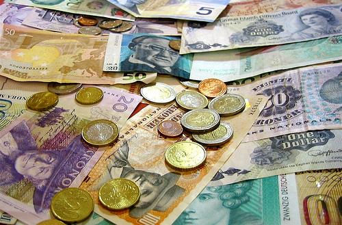 Daftar Mata Uang