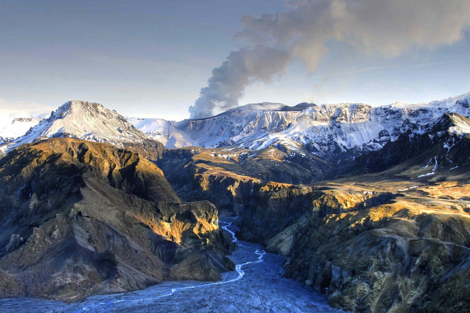 Islandia  Humilde Flor En La Eternidad  Eyjafjallaj U00d6kull  Fotos Magn U00cdficas De Grandes Profesionales
