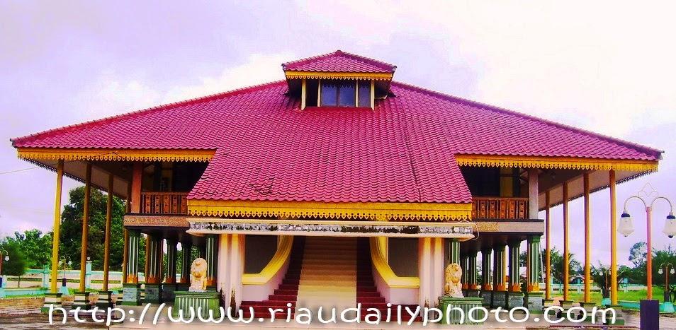 Istana Kerajaan Indragiri Riau Daily Photo