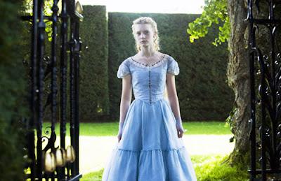 Mia Wasikowska dans Alice au Pays des Merveilles
