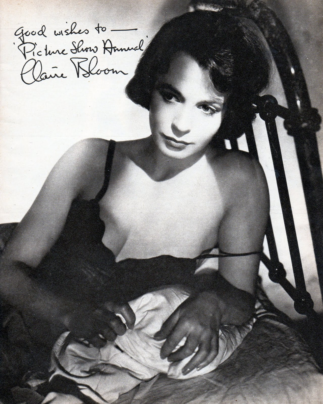 Communication on this topic: Rita La Roy, emma-hiddleston/