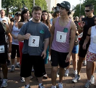 Joe Jonas En Maraton Por Caridad Deut Viewc St
