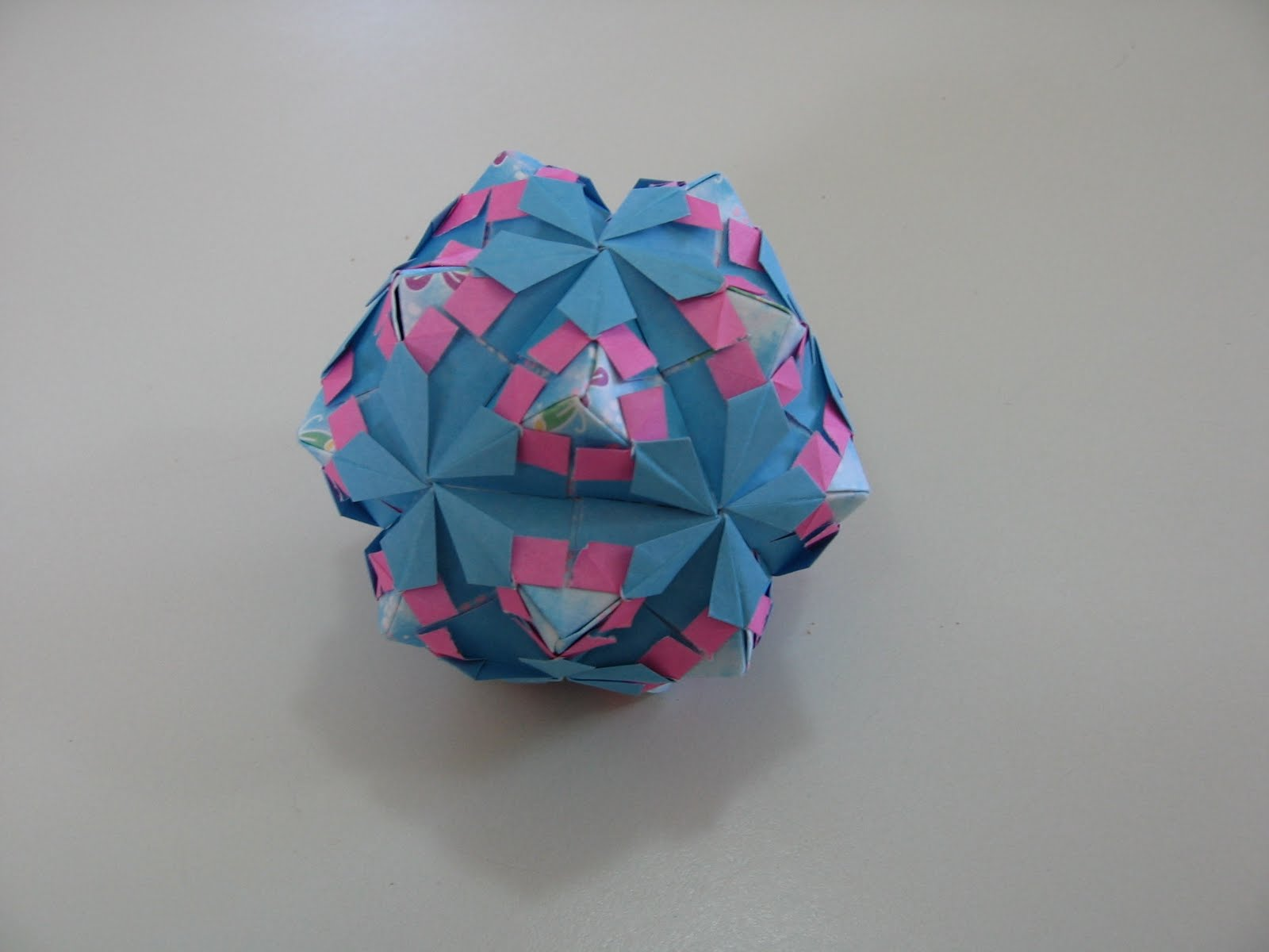 tomoko fuse origami embroidery origami. Black Bedroom Furniture Sets. Home Design Ideas