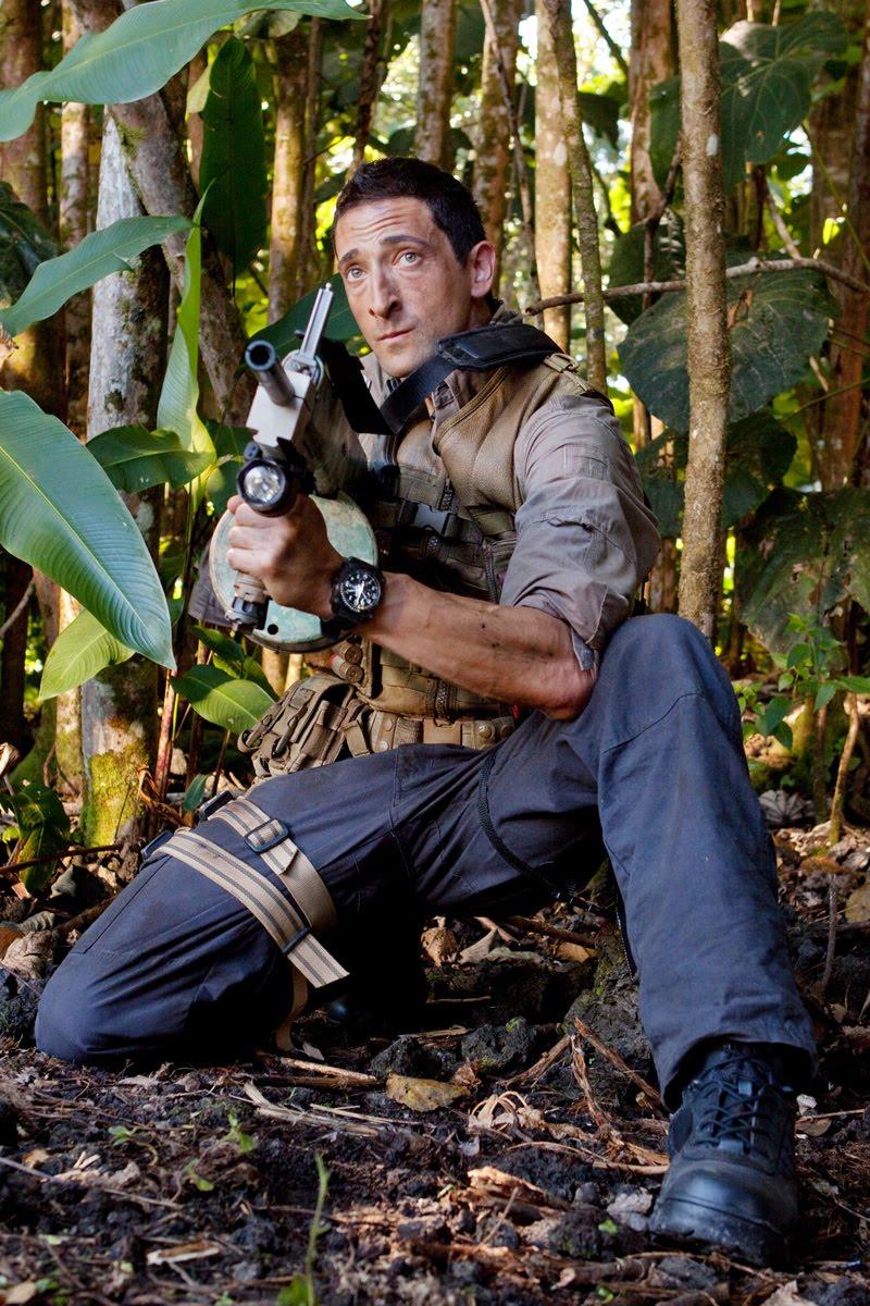 Predators   Teaser Tra... Adrien Brody Predator Gun
