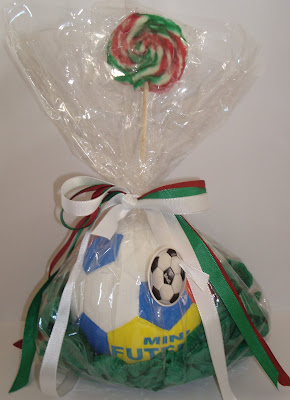 http://2.bp.blogspot.com/_dVENhJk-gow/SHjqyeFO70I/AAAAAAAAAPM/B5wyr1t1hCw/s400/Bola+Futebol.jpg
