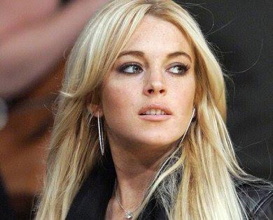 lindsay lohan1 - Lindsay Lohan en Superman como la villana. Rumor!!!!!!!!!!!