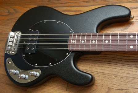 rex and the bass musicman month sub series guitars and basses. Black Bedroom Furniture Sets. Home Design Ideas