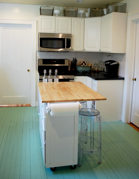 Peachy Accessorizing Atop Your Kitchen Cabinets Emily A Clark Download Free Architecture Designs Itiscsunscenecom