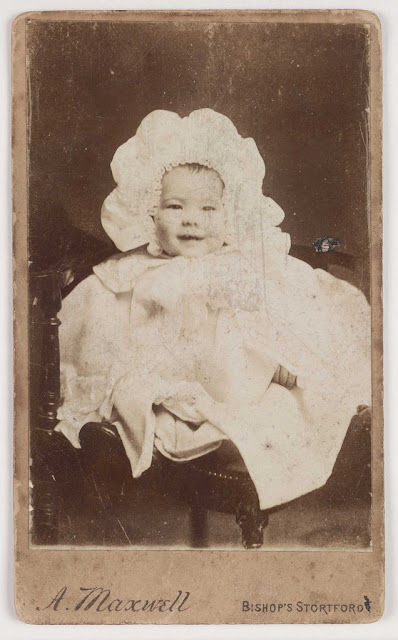 A Maxwell; Carte-de-Visite. Collection of National Media Museum. photography-news.com, photography news, Diana Topan, International Children's Day, June 1, vintage baby photos