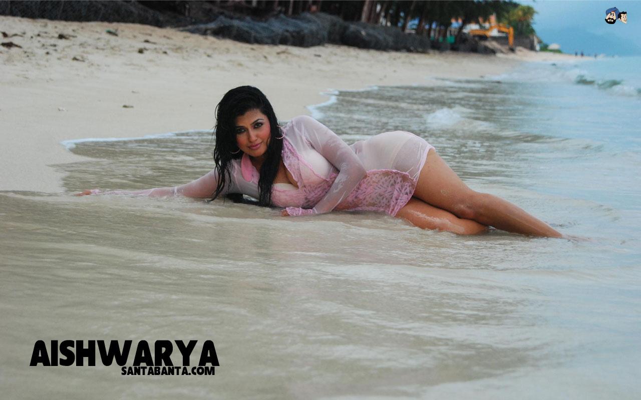 Katrina kaif nude undressed pics