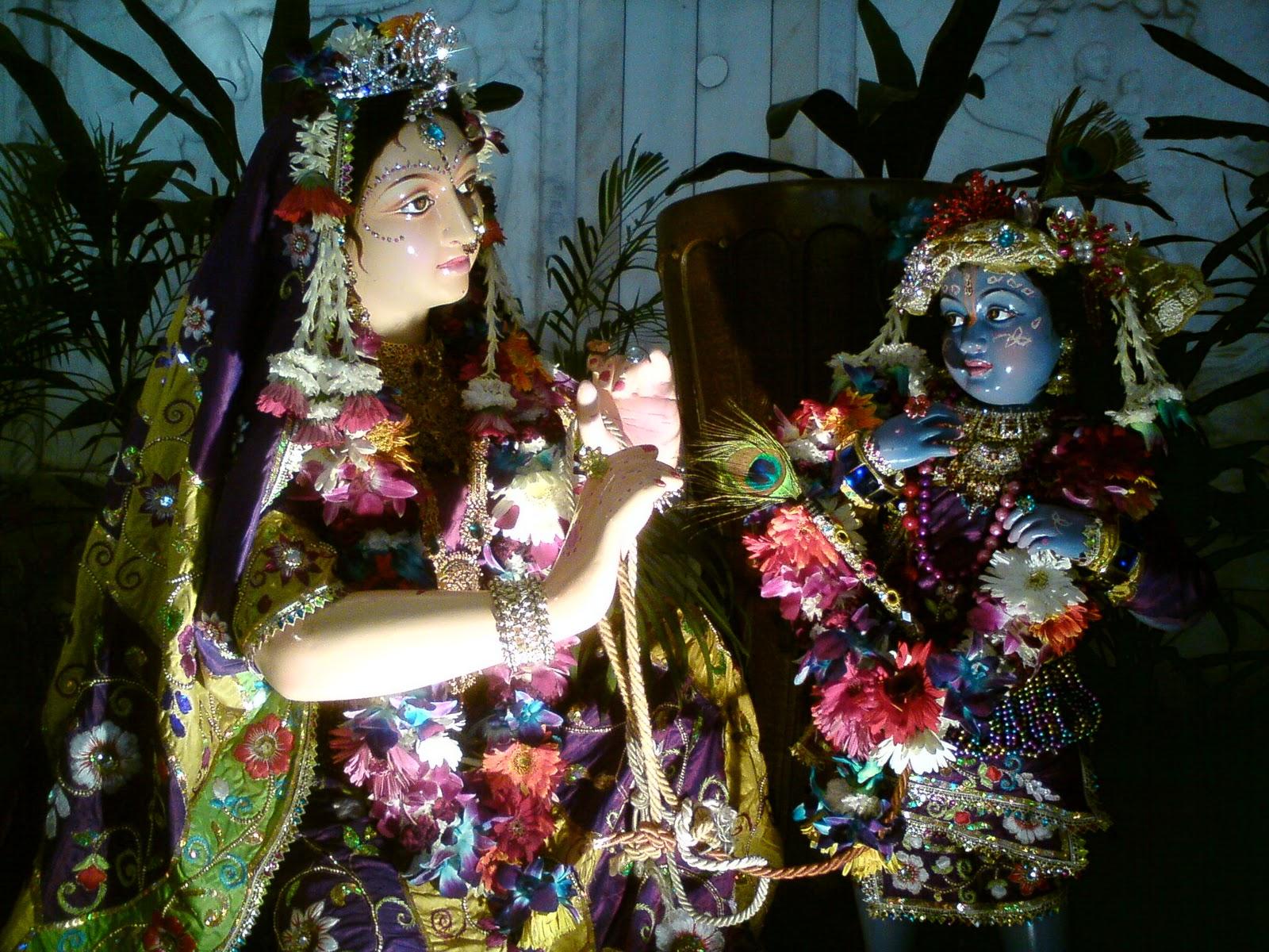iskcon temple delhi my yatra diary