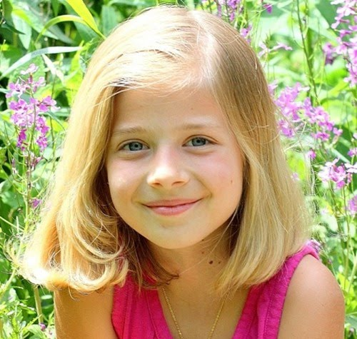 Jackie evancho is a sweet little 10-year-old girl who has the voice of an  angel