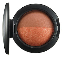 MAC In the Groove Mineralize Blush Duo A LITTLE BIT OF SUNSHINE