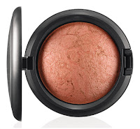 MAC In th Groove Mineralize Skinfinish BY CANDLELIGHT
