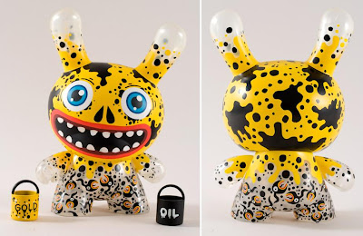 Kidrobot - Gold Edition Oil Slick 8 Inch Dunny by Skwak