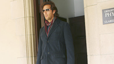 Lost - Henry Ian Cusick as Desmond Hume on the trail of Daniel Faraday's Mother