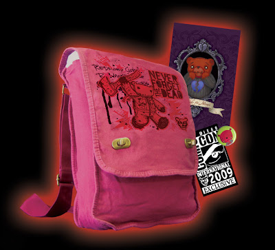 Applehead Factory - San Diego Comic Con 2009 Exclusive Teddy Scares Messenger of Mayhem Set