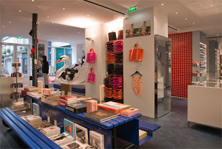 c8dacca9890dd the new twin marc by marc jacobs stores opened this week at the place du  marché saint-honoré in paris  the stores are already filled with shoppers  wanting ...