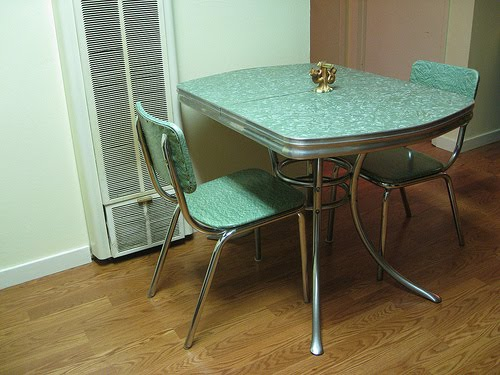 C dianne zweig kitsch 39 n stuff 1950s formica and for Very small kitchen table