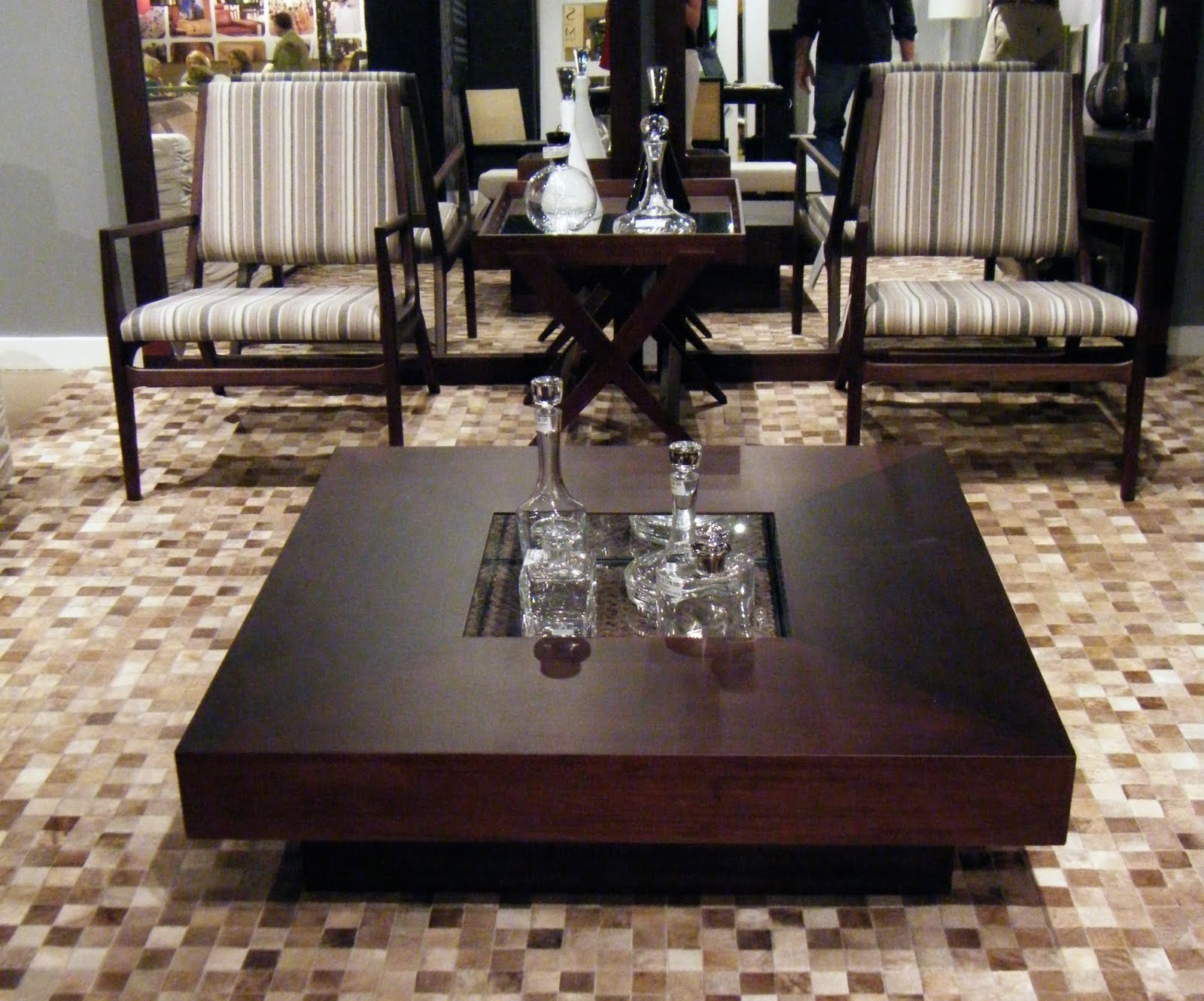 Dovecote decor coffee tables - Glass centre table for living room ...
