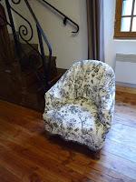 housse de fauteuil crapaud. Black Bedroom Furniture Sets. Home Design Ideas