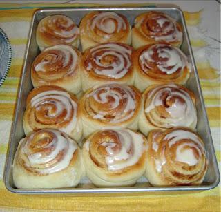 pan-of-cinnamon-rolls.jpeg