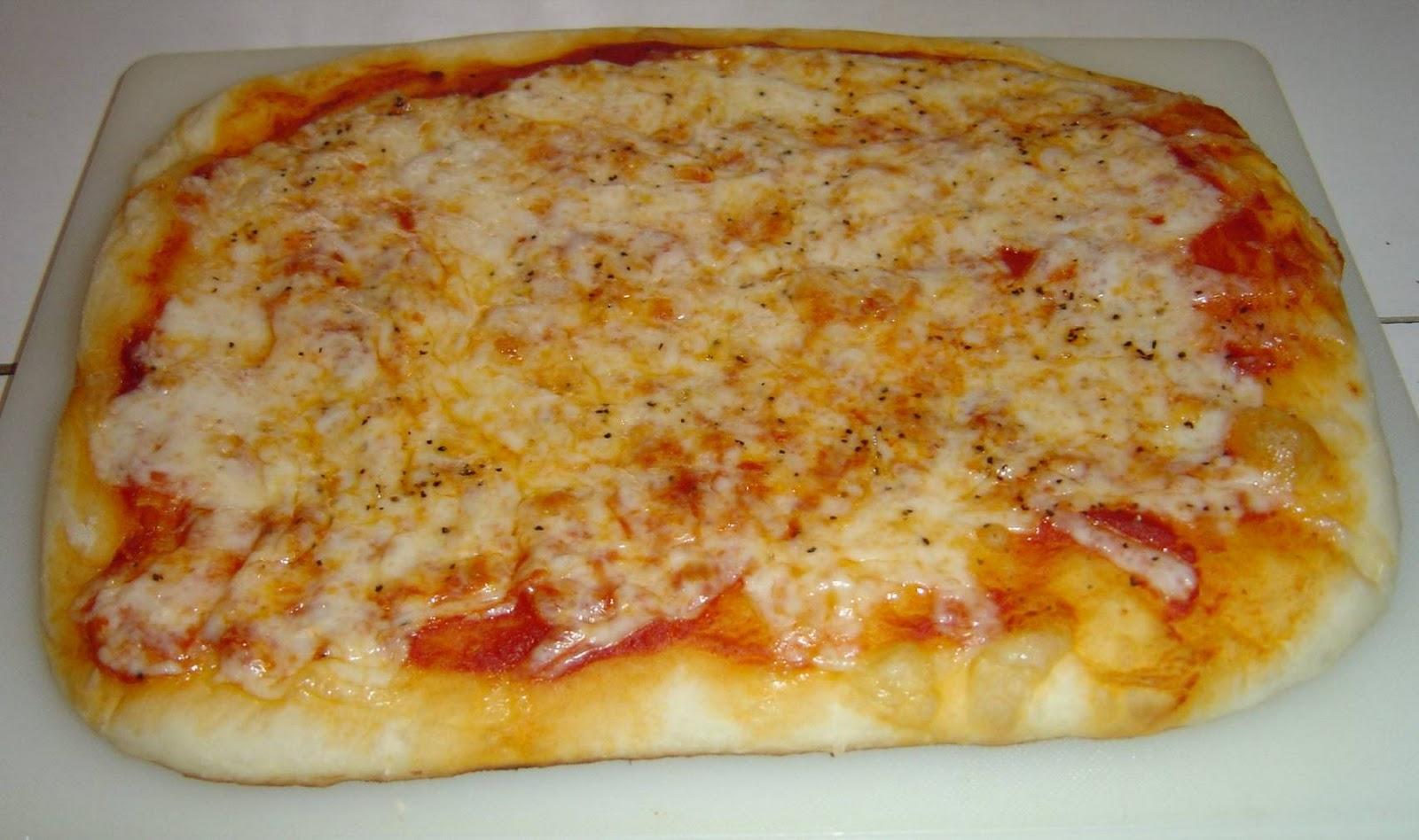 homemade pizza.jpeg