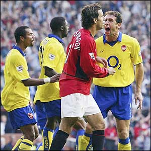 v.l.n.r.: Ashley Cole, Kolo Touré, Ruud van Nistelrooy, Martin Keown