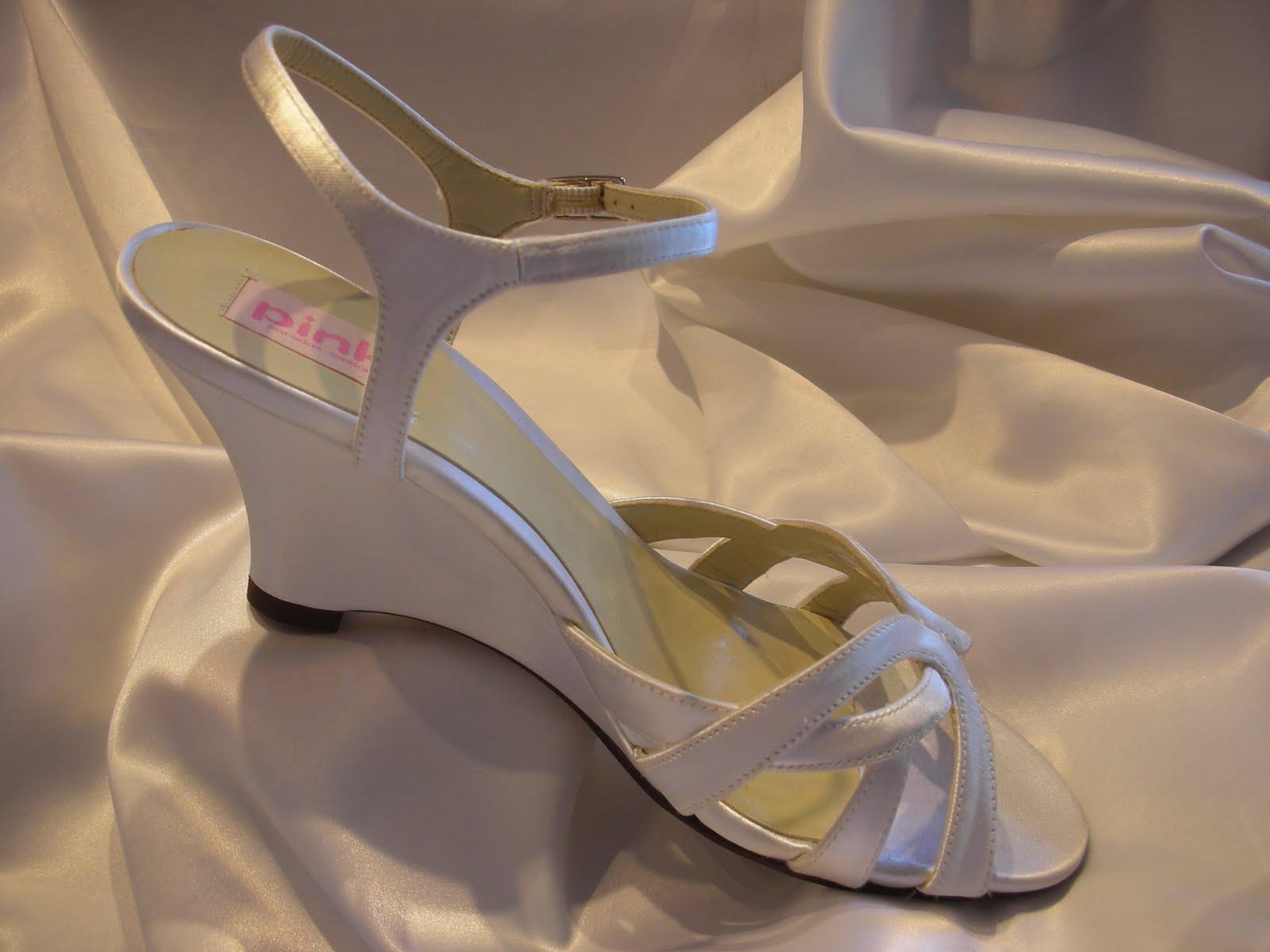 shoes for beach weddings beach wedding shoes Shoes for Beach Weddings