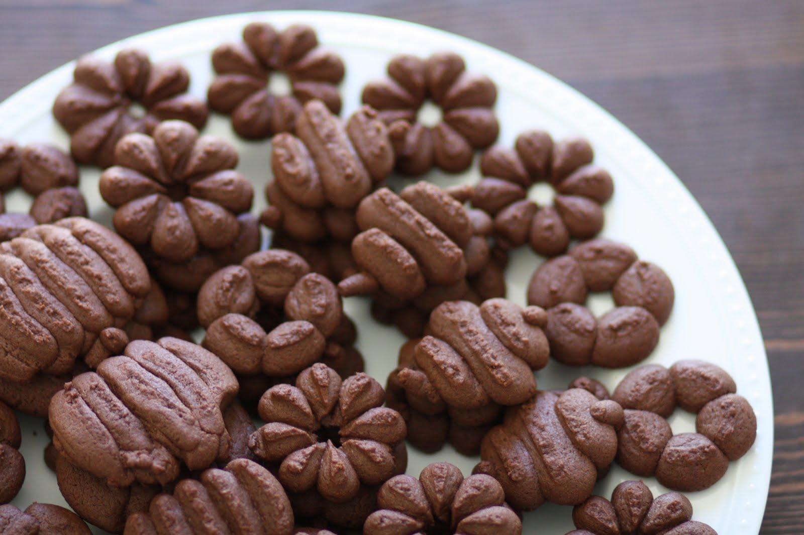 chocolate spritz cookies - photo #3