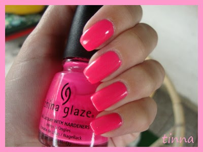CHINA GLAZE - SHOCKING PINK (NEON) & WATER MARBLING