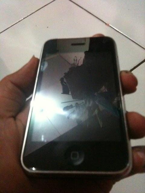 HeNry's Shop: Handphone dan PDA - iPhone 3G 8GB