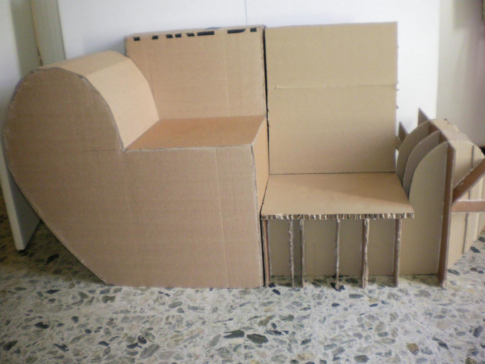 cartonnageco fauteuil ou canap en carton les 2 mon capitaine. Black Bedroom Furniture Sets. Home Design Ideas