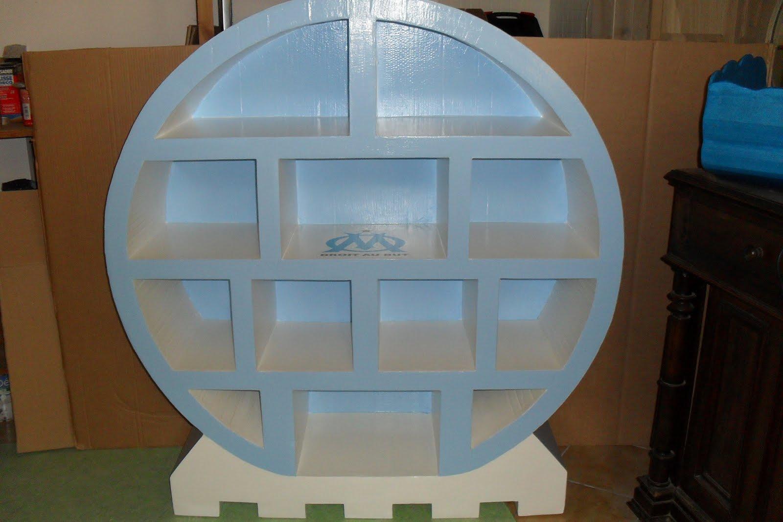 cartonnageco etag re om en carton. Black Bedroom Furniture Sets. Home Design Ideas