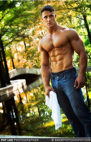 Snyders Model A >> Greg Plitt: Muscle Model