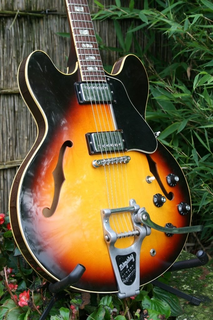 the gibson es 335 to bigsby or not to bigsby. Black Bedroom Furniture Sets. Home Design Ideas